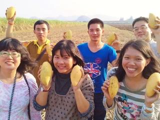 タイで農家になりたい若者とトロピカルフルーツを育てタイ!
