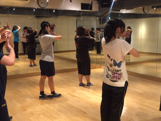 地下アイドルやアイドルヲタクを集めてダンス集団を作りたい!