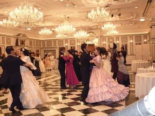 歴史あるウィーン式の舞踏会を日本で本格的に再現し広めたい!