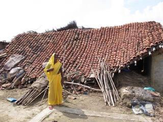 インド洪水緊急支援〜アーシャ希望学校の補修と支援物資の配布〜