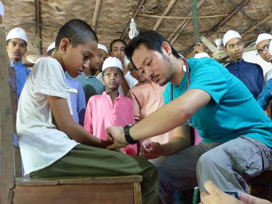 破綻寸前の病院再建!バングラデシュのスラムを医療モデル地域へ