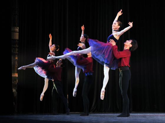 """国内外で活躍する若手ダンサーのための""""WorldDream""""を開催したい"""