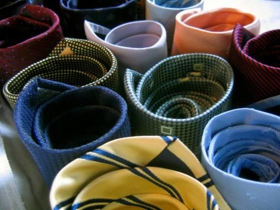 日本の伝統技術、汚れない美しいままのネクタイを知って欲しい