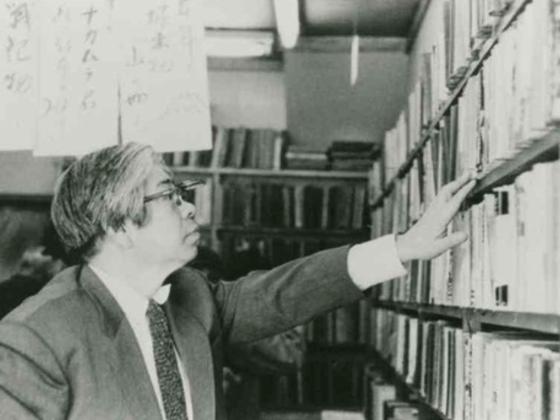 大宅壮一文庫を存続させたい。日本で最初に誕生した雑誌の図書館