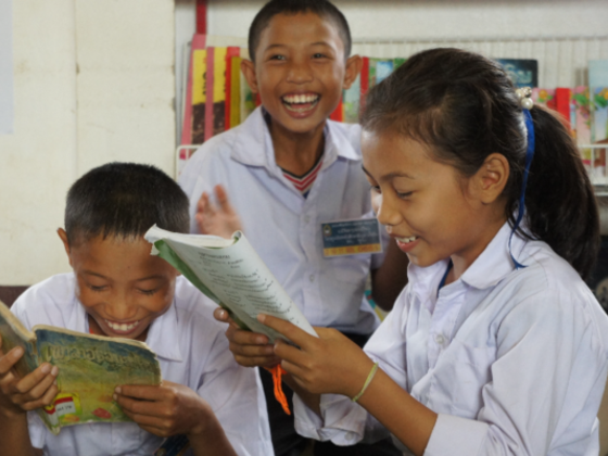 ラオスの子どもたちに夢と希望を。1万冊の新しい本を届けたい!