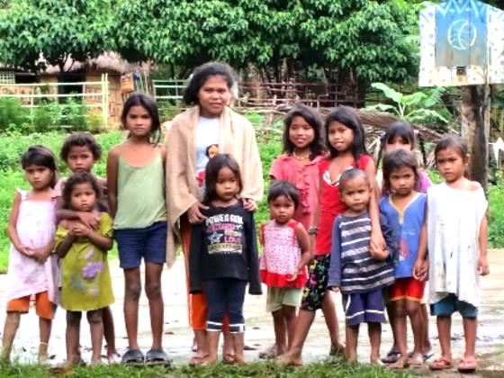 フィリピン・ミンダナオの子ども達にランドセル100個贈りたい!