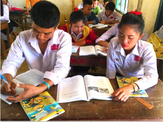 ラオスの子どもたちに1人1冊ずつ、ラオス語の教科書を届けたい!