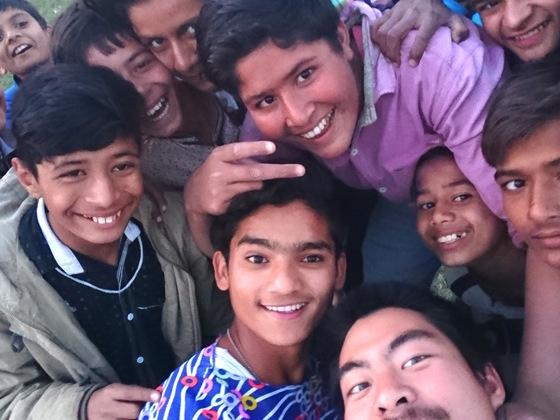 南アジアでの貧困撲滅をマンゴーの効率的な流通から調査します!