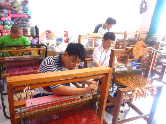 ベトナムの障がい者作業所で自立支援を続けたい!