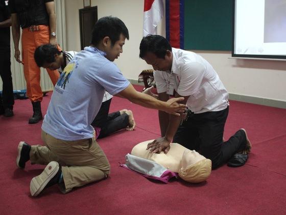 カンボジアで救急救命技術者を育成し、カンボジア人を救いたい!