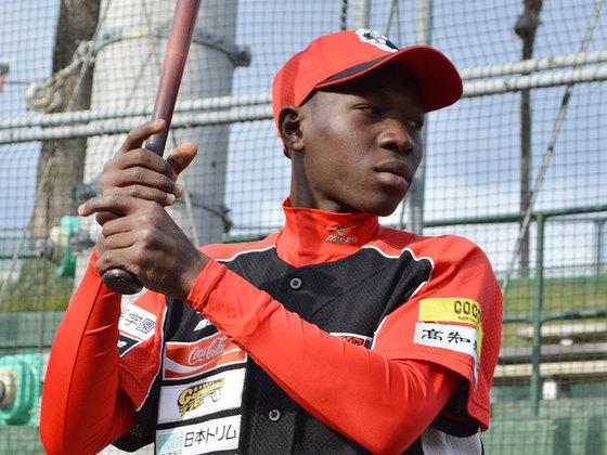「日本でプロ野球選手になる」アフリカ少年の夢を叶えたい!