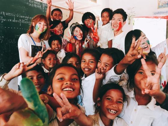 夢への階段♪カンボジアの子どもたちにいっぱいの本を届けたい!!