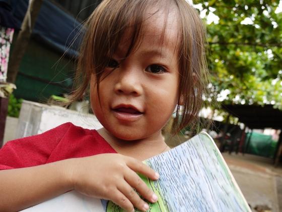読み書きが学べるコミュニティ図書館をカンボジアのスラムに作る