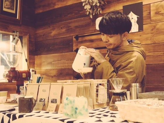 20年越しの夢実現へ!「コーヒー工場に勤める絵描き」の挑戦!