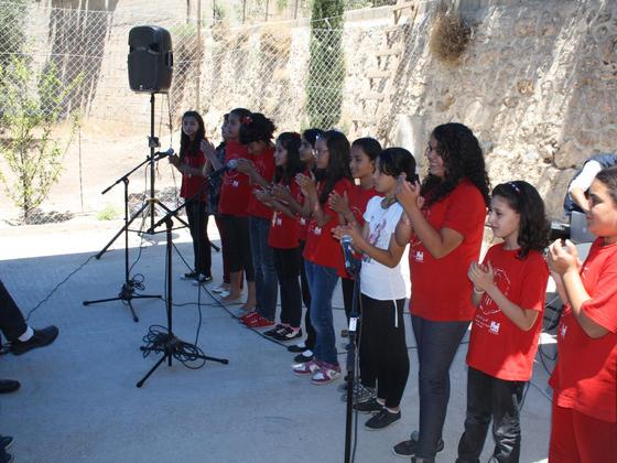 パレスチナの子ども合唱団と伝統音楽のCDを作りたい!