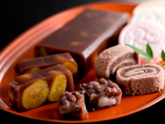 伝統的な和菓子の素材を使い、運動する方向けの補食を開発したい