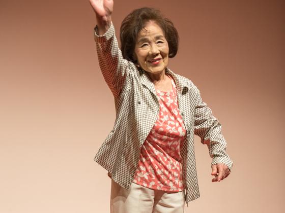 福岡県で高齢者が主役のファッションショーを開催したい!