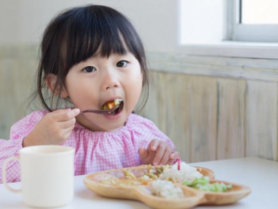 誰もが食事に困らない社会の実現を。より多くの方に食を届けたい