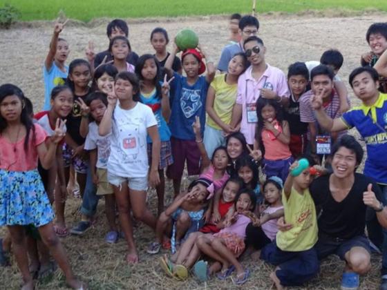 インドネシアと日本の高校をリアルタイムでつなぎ社会課題を解決