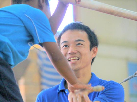 ジャマイカ貧困地区の少年が体操で世界へ!夢をつなぐ新体育館を