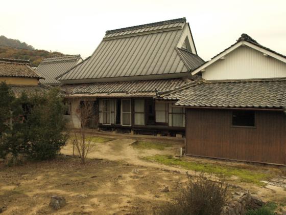 一度は廃業した木工業。矢掛町の古民家で新しい工房を続けたい。