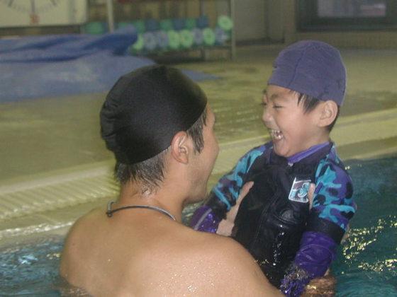 障害があっても自分なりの泳ぎを。30年の指導経験を一冊の本に