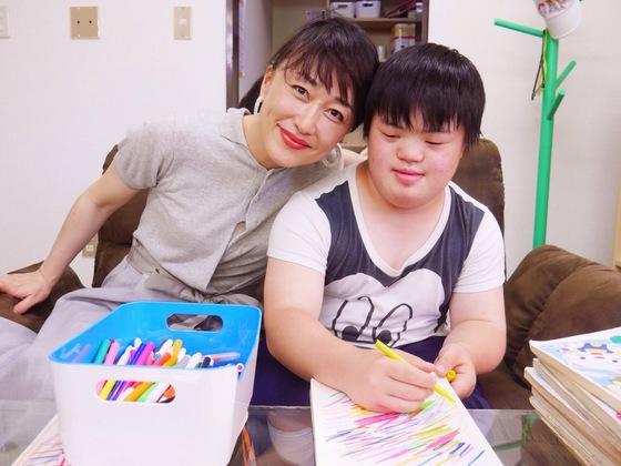 アートで輝く!障がい者作家のための常設ギャラリーを都心に開設