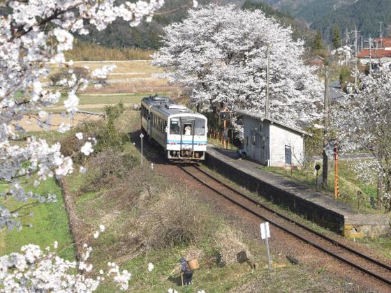 今はなき三江線のミニトレインを作り、イベントで走らせたい!