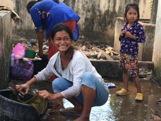 カンボジアの女性たちに、安心して入院生活を送ってもらう環境を