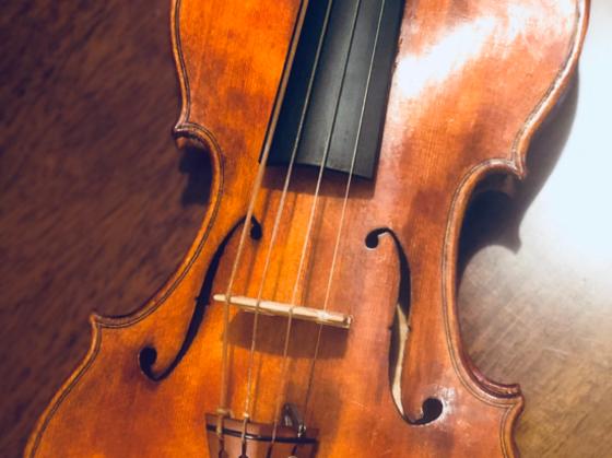 新たな製作法のバイオリンを伝統として残していくために