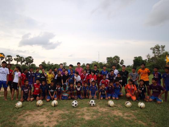 カンボジアの子ども達にサッカーユニフォームを届けたい