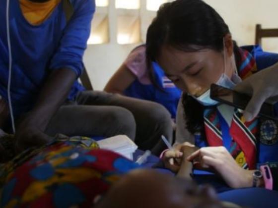 アフリカに診療所を建てたい!