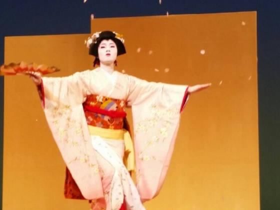 日本舞踊を後世に!伝統文化をつなぐ活動を応援してください