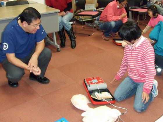 小中学生向けの応急手当を学べるテキストを作りたい!!