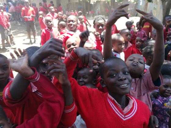 勉強ができる環境を!ケニアの子供たちにパソコンを届けたい!