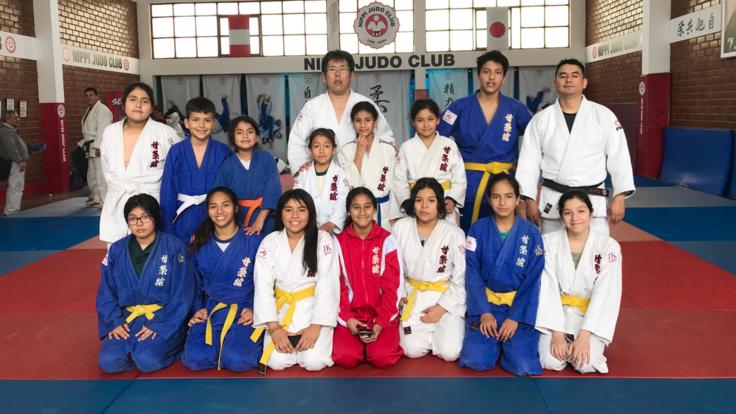 南米ペルーの女子高生柔道家たちを日本の大会に出場させたい。