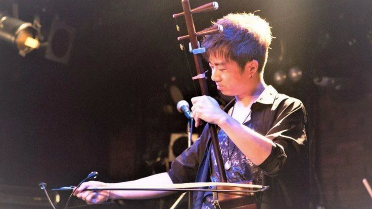 二胡奏者Shin来日10周年記念。日中を繋ぐ架け橋になるため