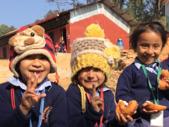 継続することの大切さ ネパール支援活動で子供たちに笑顔を