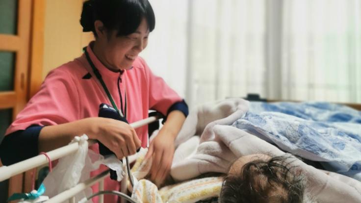 退院から在宅医療まで安心を繋ぐ在宅訪問チームに専用車を!