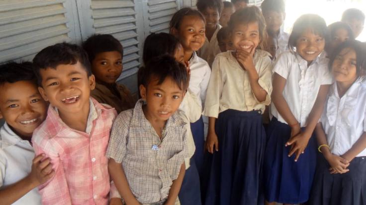 女子大生の挑戦!トイレ不足のカンボジアの学校に新トイレ建設を