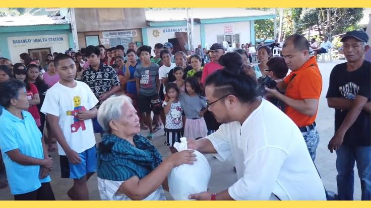 皆様となら届けられる。フィリピンの村1000人の命をつなぐ物資を
