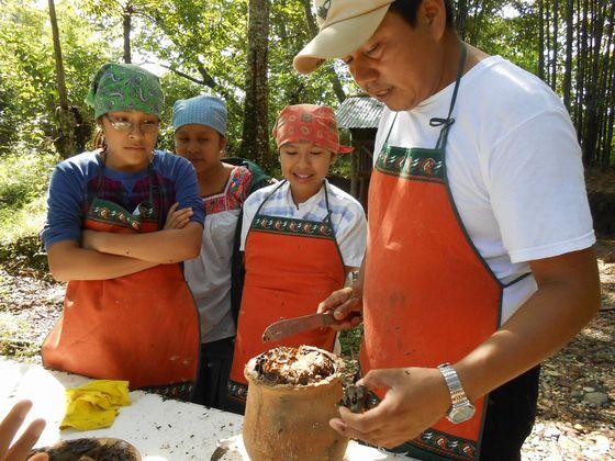 豊かな森を守るメキシコ固有の不思議なハチミツを日本に届けたい