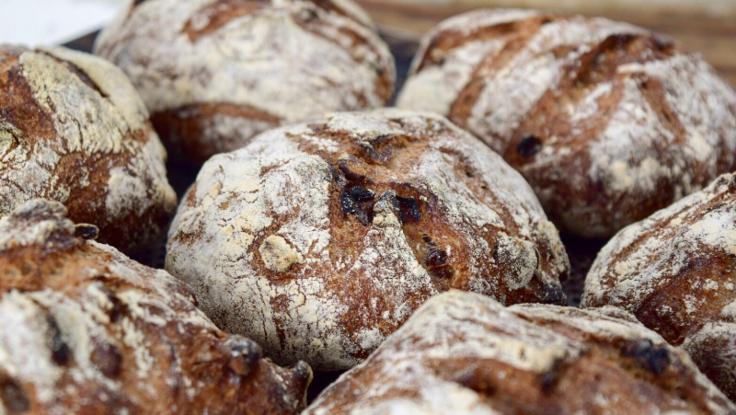 支援金は高性能オーブンに!久留米市にパン屋さんをオープン!