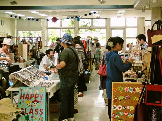 頑張っている沖縄の中小規模企業者がアピールできる場を守りたい