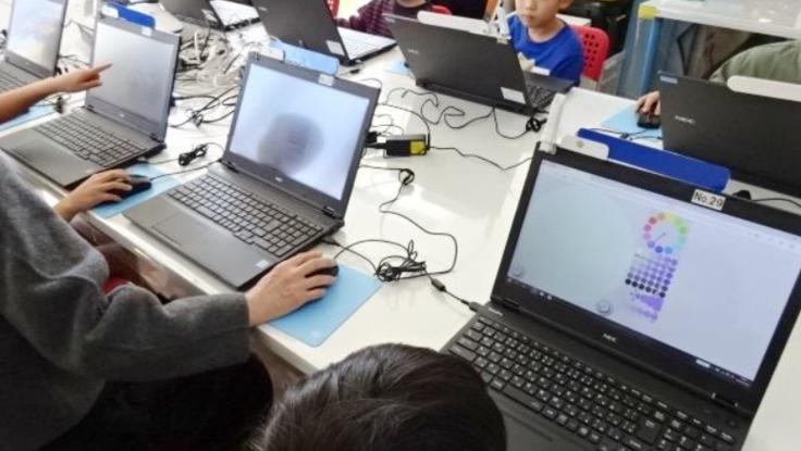 プログラミング講座で子どもたちが失敗しても挑戦できる場を!
