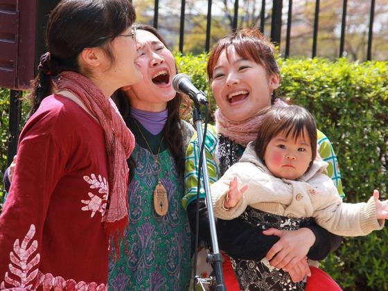 子育て中のママ達が笑顔で歌う輪を広げたい!