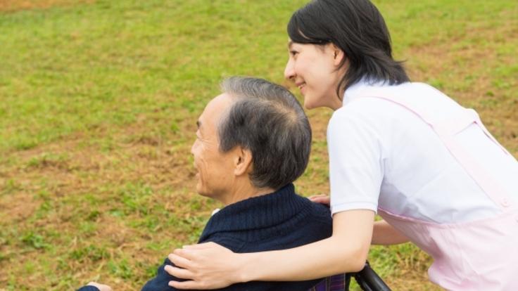 敬老の日に介護施設のご高齢者さまに感謝と衣類を贈りたい!