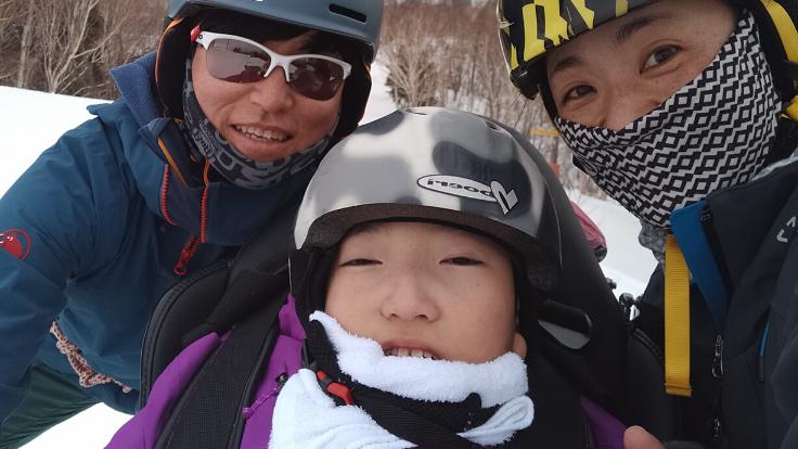 息子と歩む道。障がい者や高齢者も一緒にスキーを楽しめる環境を