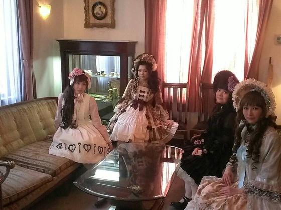 ロリィタファッションと英国文化をテーマにしたカフェを開きたい