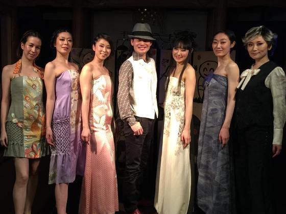 日本の着物色,柄,刺繍に秘める物語を書籍付CDで世界に伝えたい!